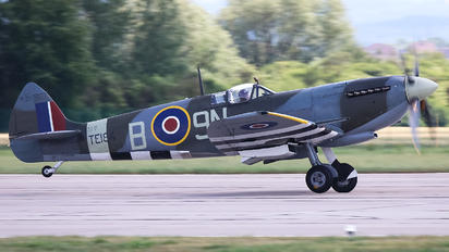 G-MXVI - Private Supermarine Spitfire