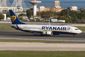 SP-RSR - Ryanair Sun Boeing 737-8AS
