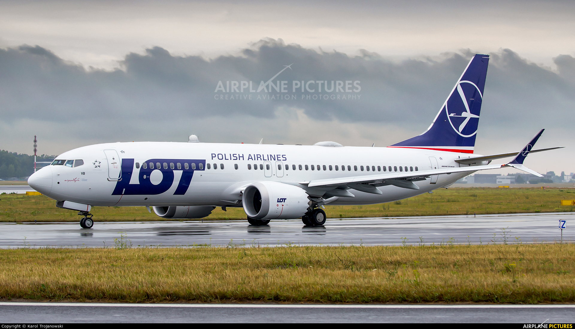 LOT - Polish Airlines SP-LVB aircraft at Warsaw - Frederic Chopin