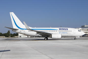 T7-WLA - Wings of Lebanon Boeing 737-700