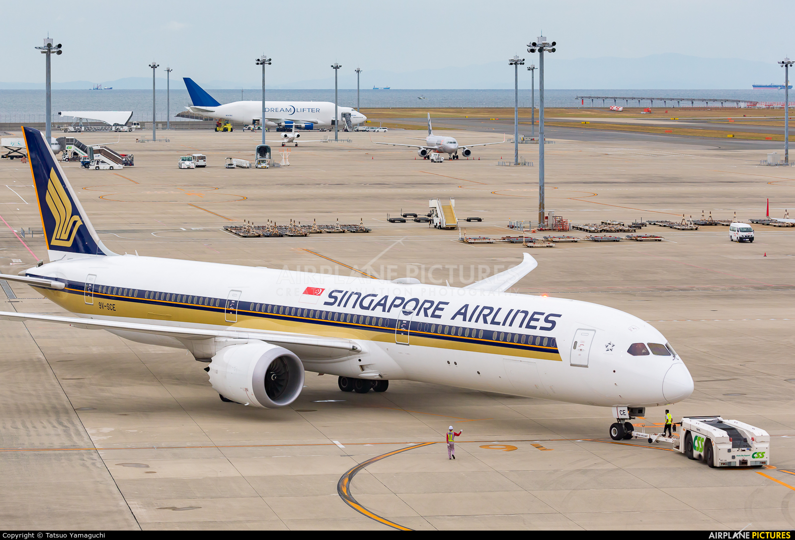 Singapore Airlines 9V-SCE aircraft at Chubu Centrair Intl