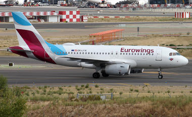 OE-LYX - Eurowings Europe Airbus A319