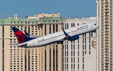 N3740C - Delta Air Lines Boeing 737-800