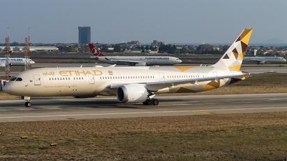 A6-BLU - Etihad Airways Boeing 787-9 Dreamliner