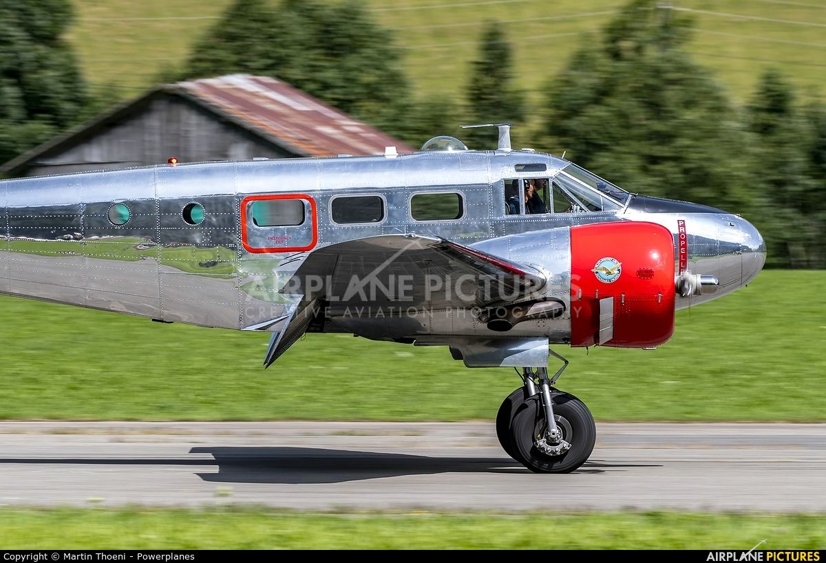 Private N21FS aircraft at St. Stephan