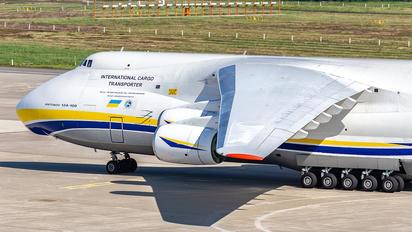 UR82029 - Antonov Airlines /  Design Bureau Antonov An-124