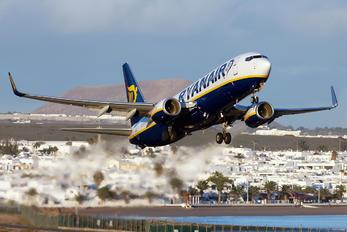 EI-EMR - Ryanair Boeing 737-8AS