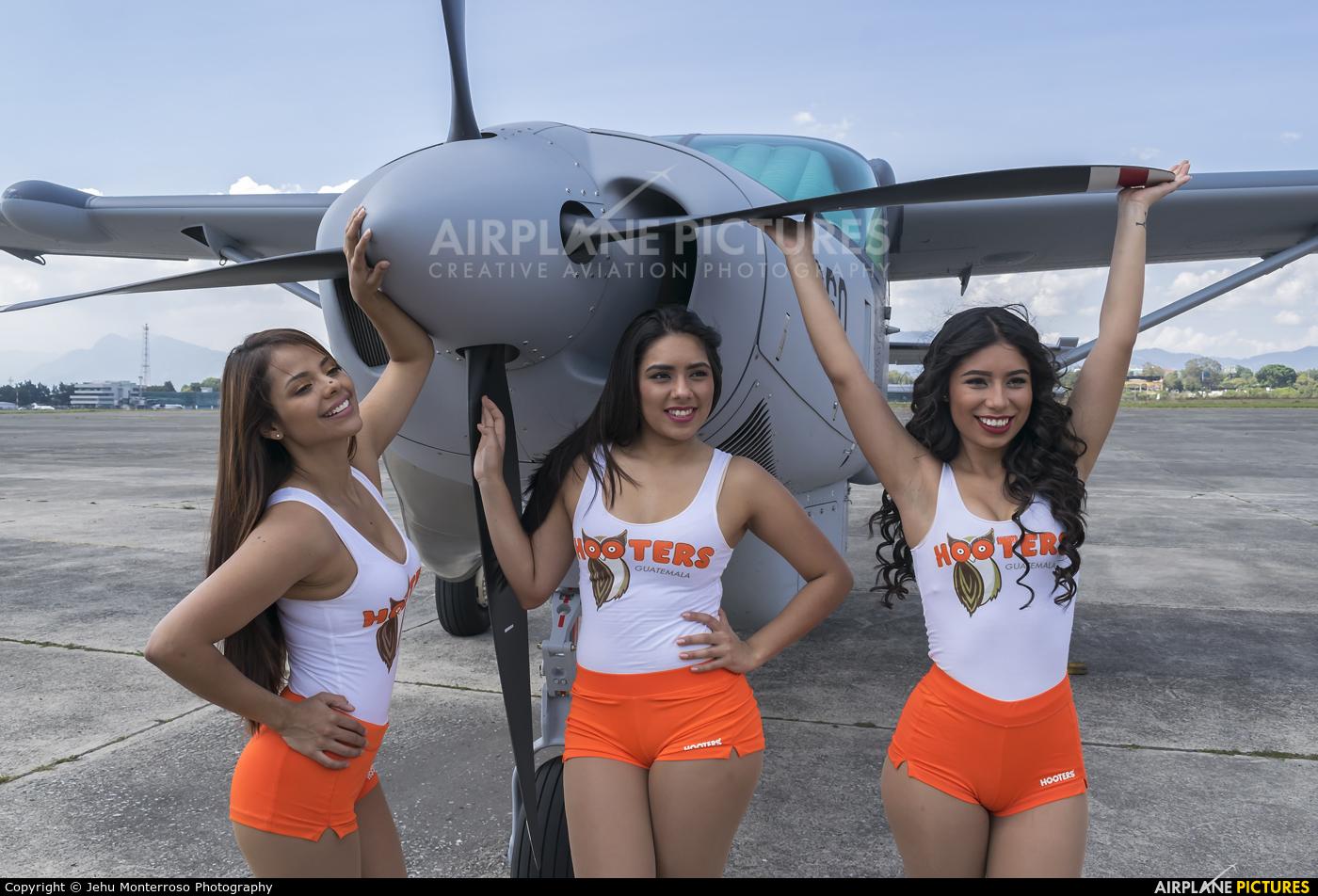 - Aviation Glamour - aircraft at Guatemala - La Aurora