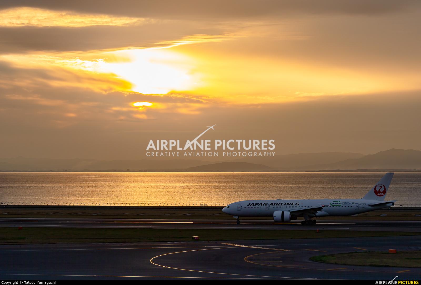JAL - Japan Airlines JA707J aircraft at Chubu Centrair Intl