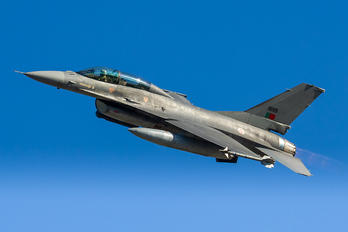15119 - Portugal - Air Force General Dynamics F-16AM Fighting Falcon
