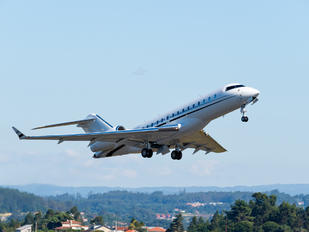 N244DS - Private Bombardier BD-700 Global 6000