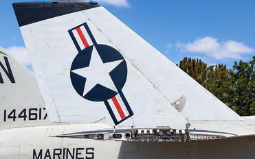 144617 - USA - Marine Corps Vought RF-8G Crusader
