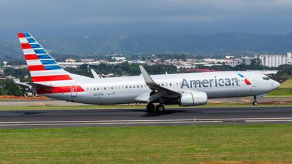 N301PA - American Airlines Boeing 737-800