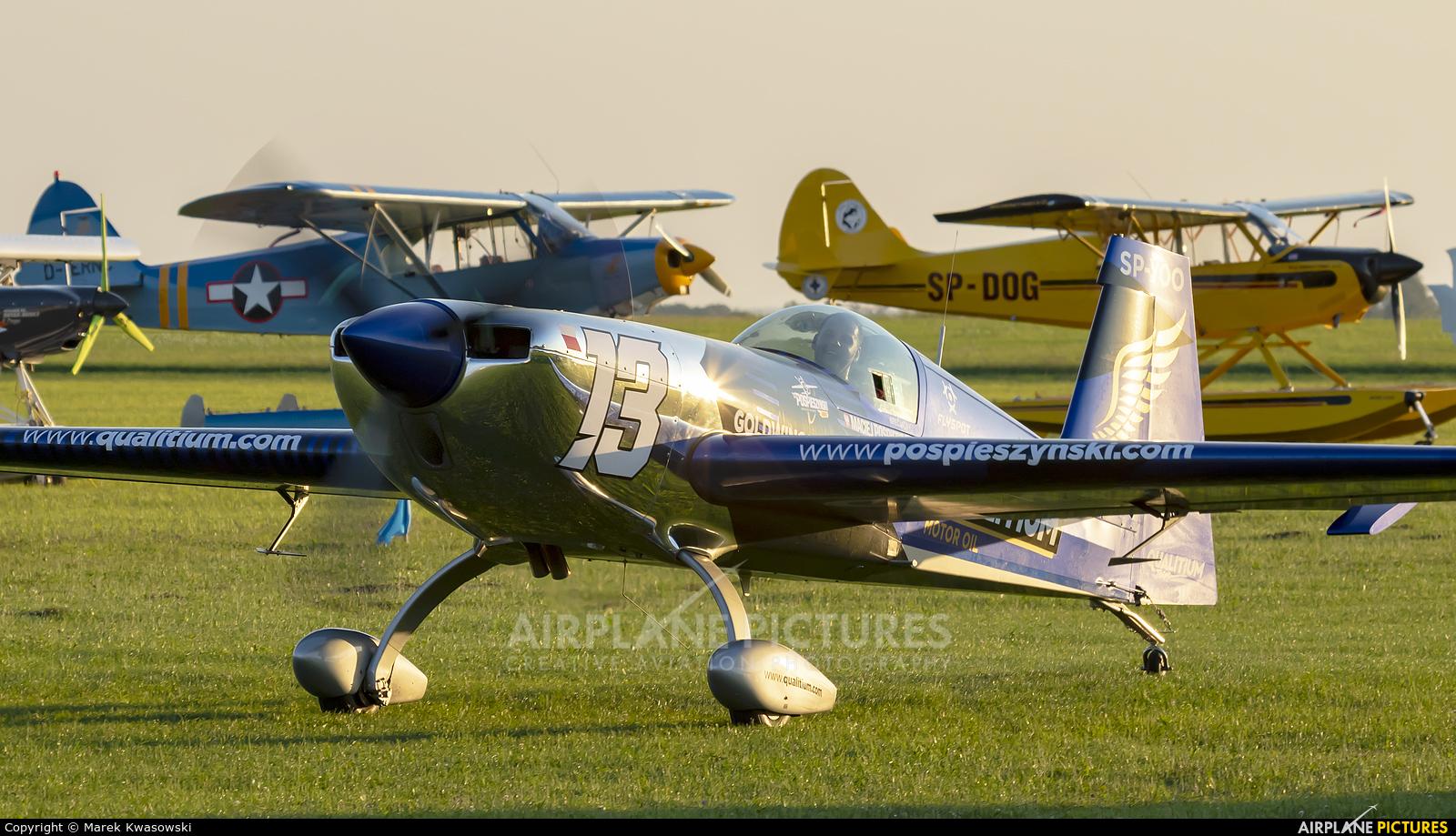Maciej Pospieszyński - Aerobatics SP-YOO aircraft at Kętrzyn - Wilamowo