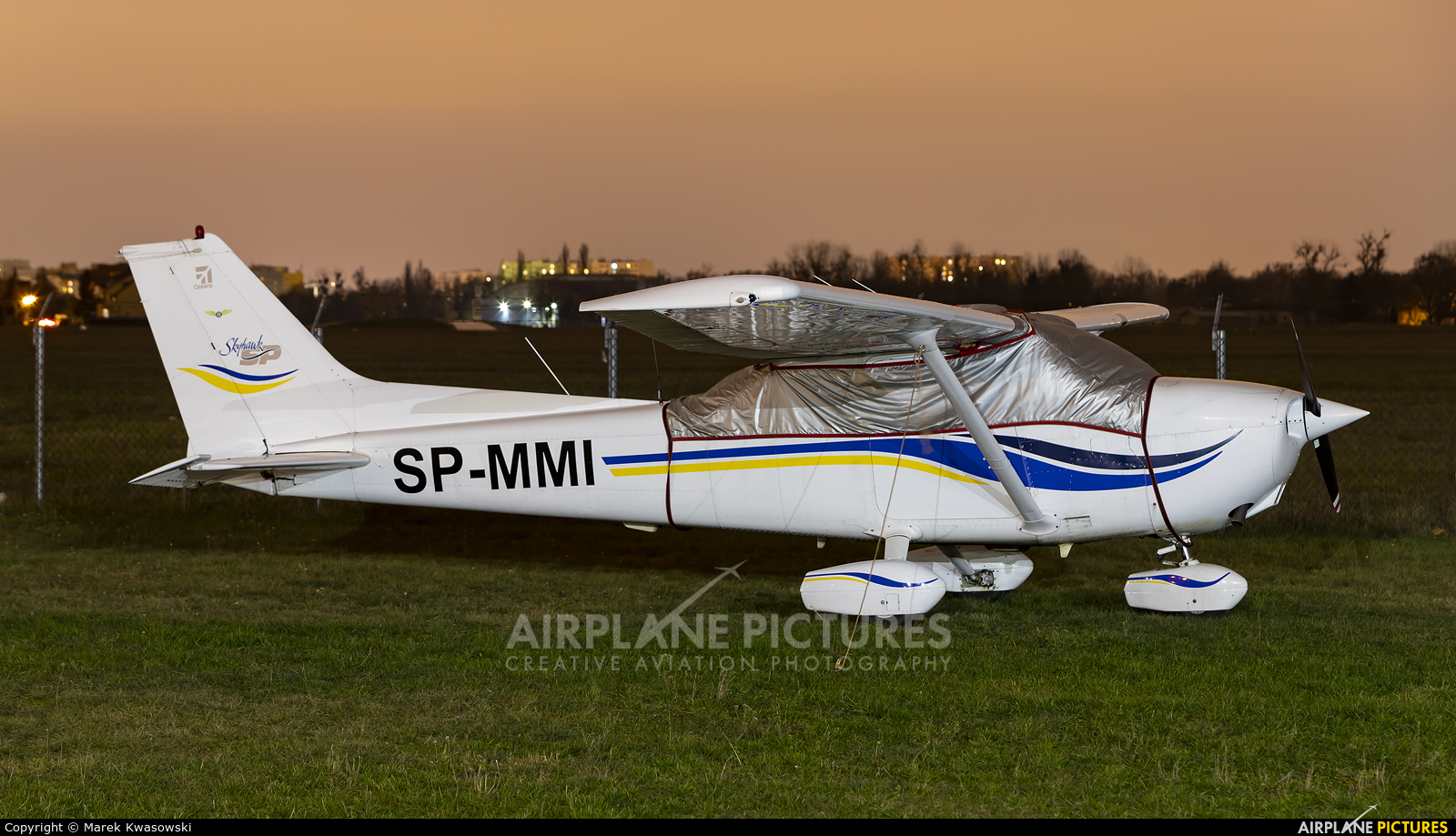 Private SP-MMI aircraft at Warsaw - Babice