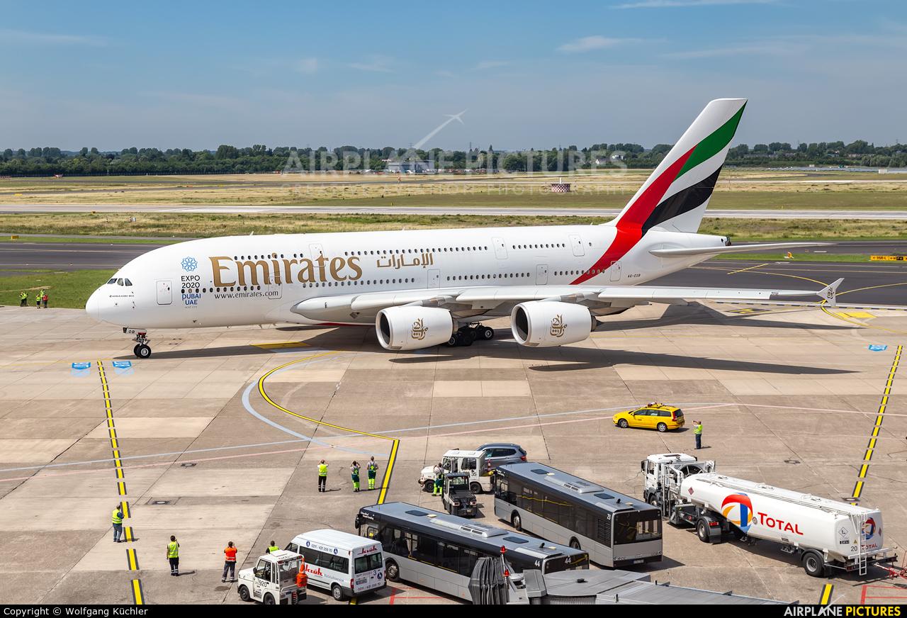 Emirates Airlines A6-EOB aircraft at Düsseldorf
