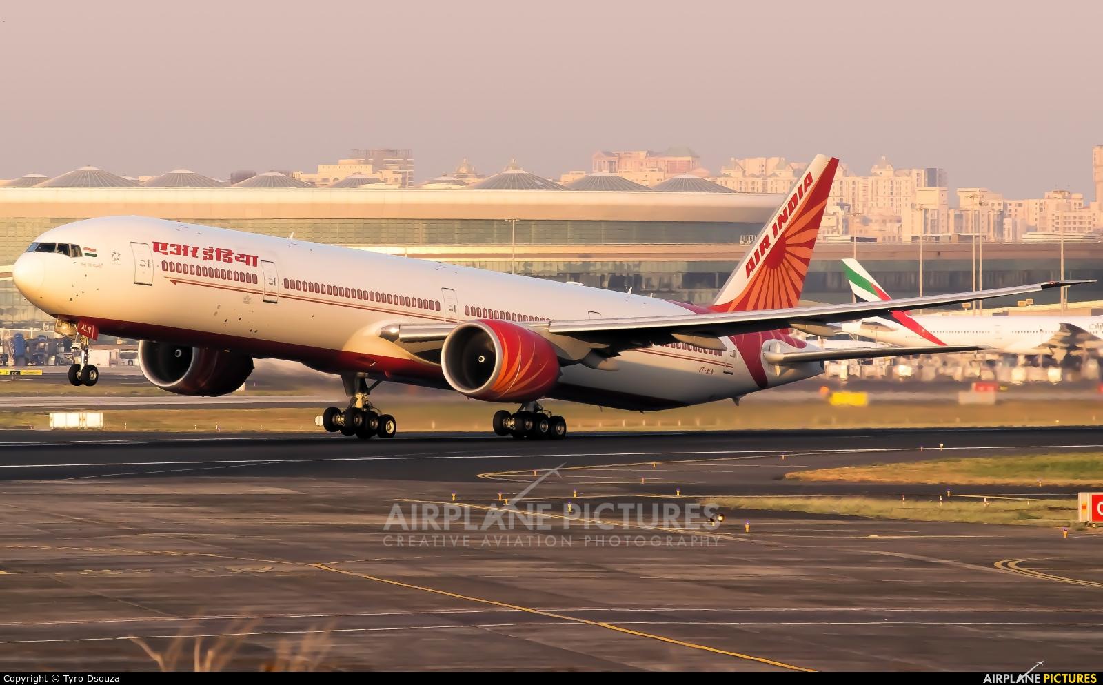Air India VT-ALN aircraft at Mumbai - Chhatrapati Shivaji Intl