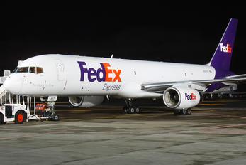 N967FD - FedEx Federal Express Boeing 757-200F