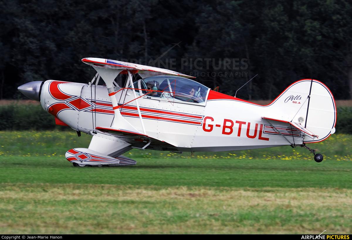 Private G-BTUL aircraft at Diest Schaffen