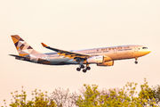 Etihad Airways A6-EYH image