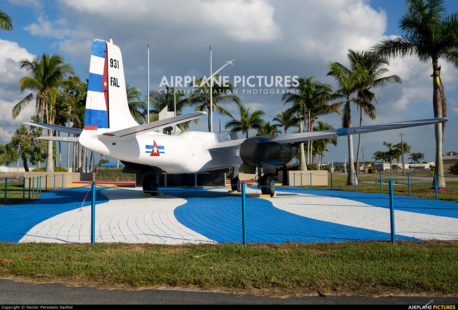 Cuba - Air force 931 aircraft at Kendall-Tamiami Executive