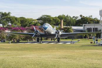 PP-ANU - VARIG Douglas DC-3