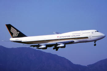 N117KC - Singapore Airlines Boeing 747-300
