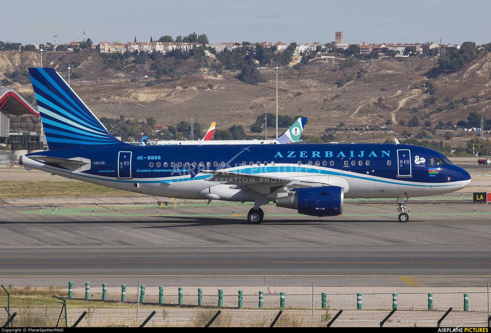 Azerbaijan - Government 4K-8888 aircraft at Madrid - Barajas