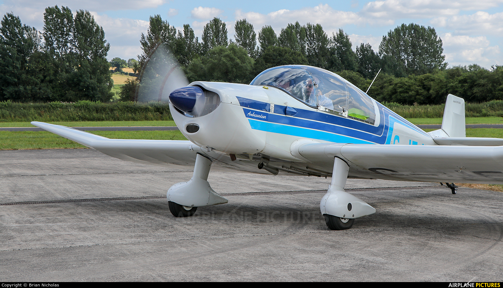 Private G-JEJH aircraft at Welshpool