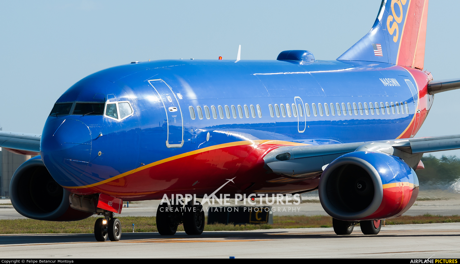 Southwest Airlines N485WN aircraft at Fort Lauderdale - Hollywood Intl