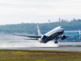 EI-EMN - Ryanair Boeing 737-800