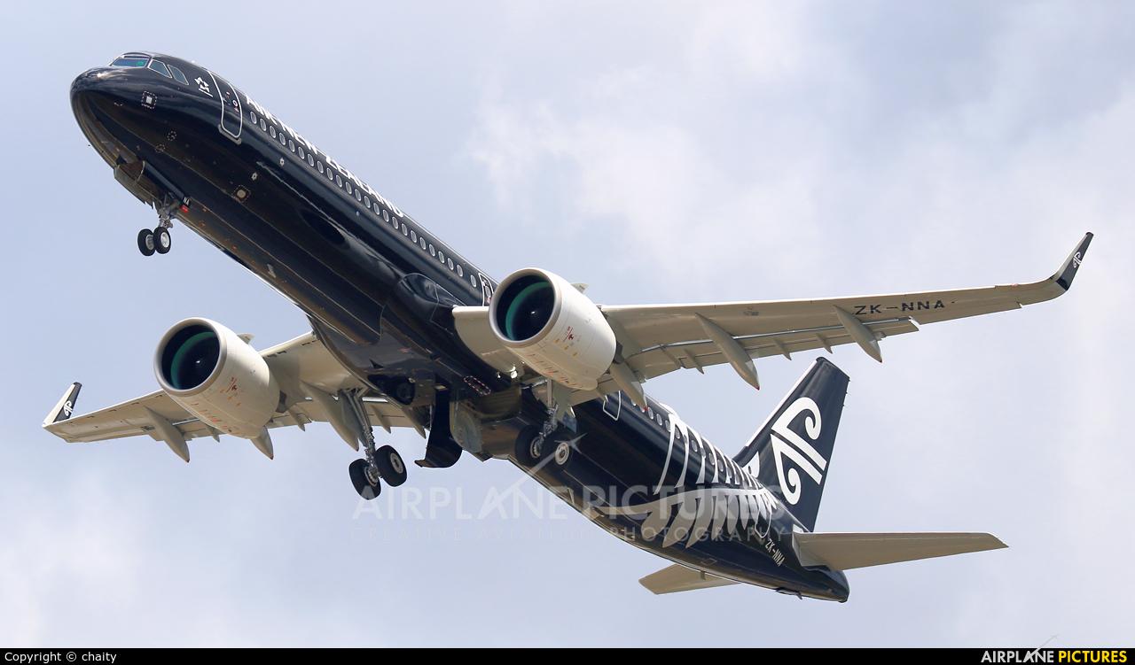 Air New Zealand ZK-NNA aircraft at Kuala Lumpur Intl