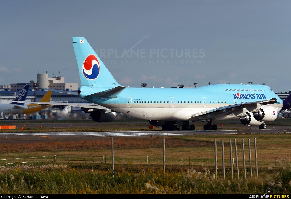 Korean Air HL7644 aircraft at Tokyo - Narita Intl