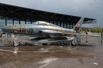 TP-19 - Netherlands - Air Force Republic RF-84F Thunderflash