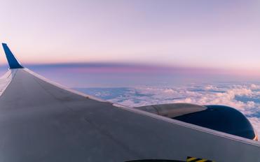 N581NW - Delta Air Lines Boeing 757-300
