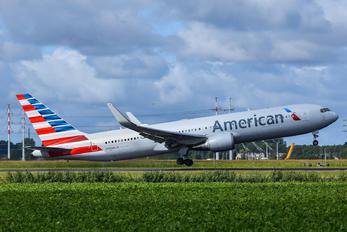 N399AN - American Airlines Boeing 767-300ER