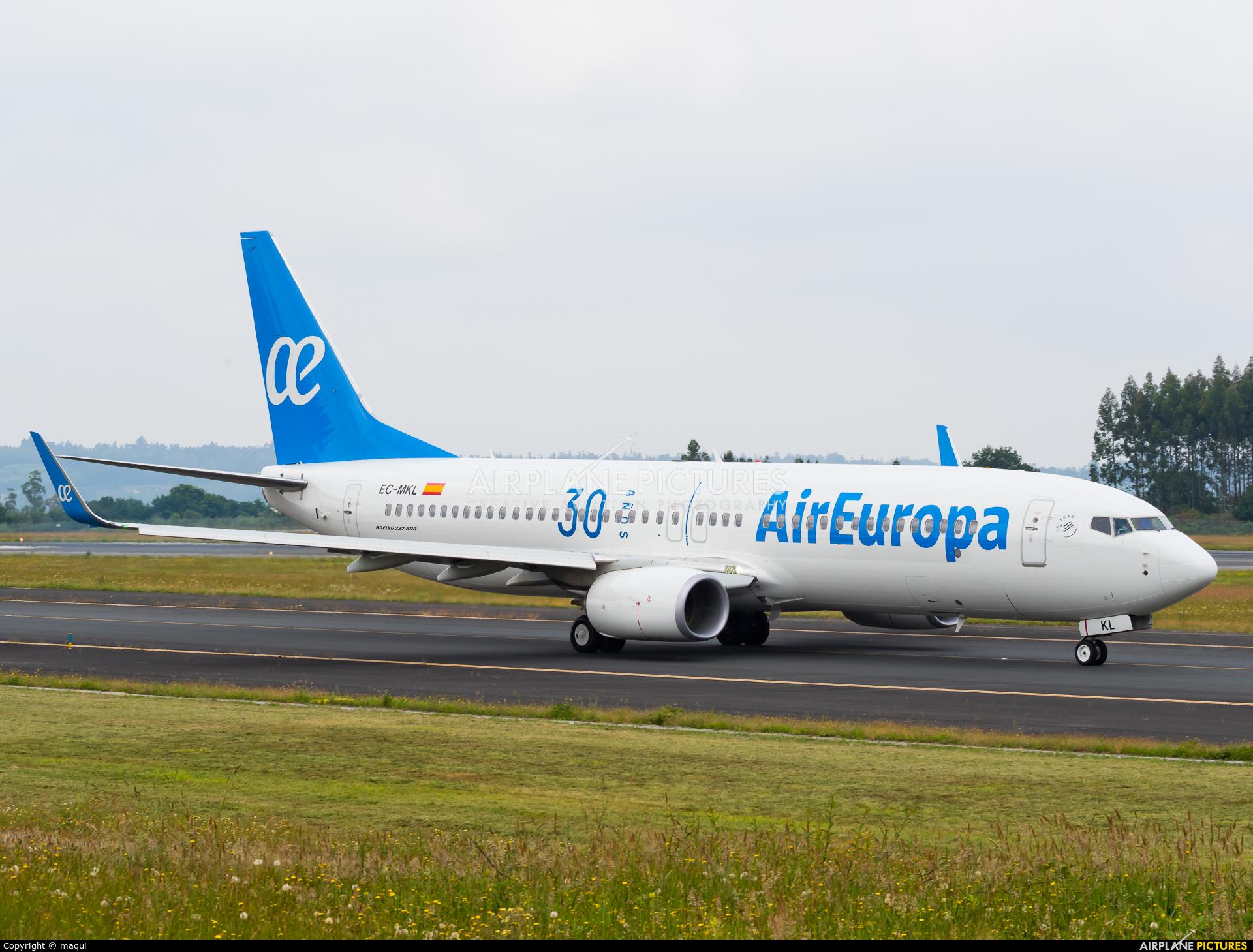 Air Europa EC-MKL aircraft at Santiago de Compostela