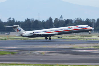 N9615W - American Airlines McDonnell Douglas MD-83