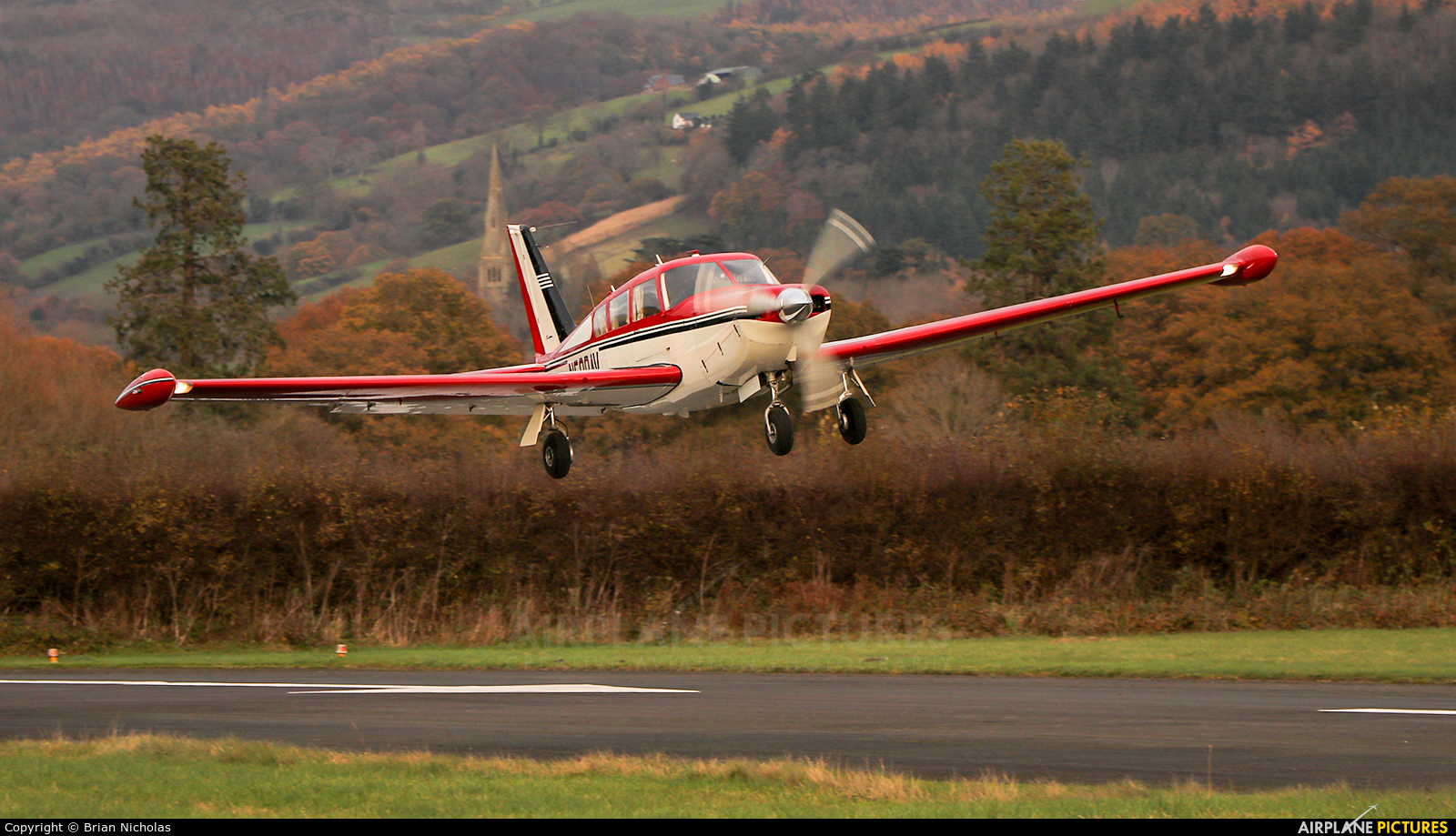 Private N500AV aircraft at Welshpool