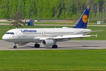 D-AIZF - Lufthansa Airbus A320