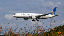 N78004 - United Airlines Boeing 777-200ER aircraft