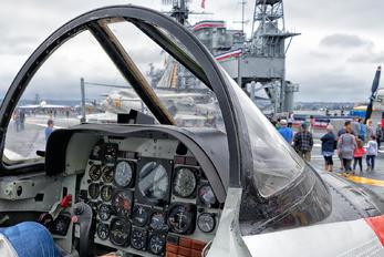 156697 - USA - Navy North American T-2C Buckeye