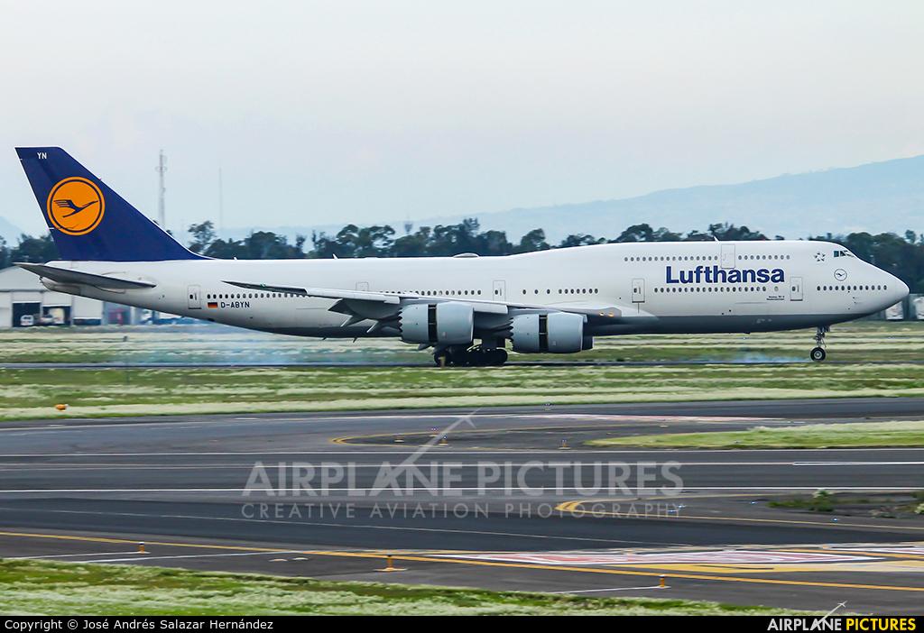 Lufthansa D-ABYN aircraft at Mexico City - Licenciado Benito Juarez Intl