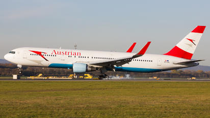 OE-LAX - Austrian Airlines/Arrows/Tyrolean Boeing 767-300ER