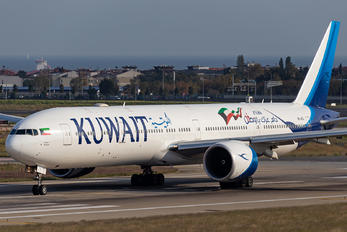9K-AOJ - Kuwait Airways Boeing 777-300ER