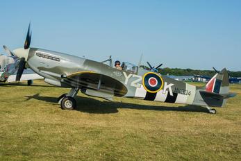 C-GYQQ - Private Supermarine Spitfire Mk.IX