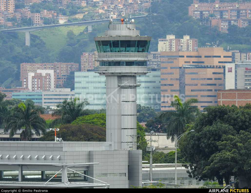 - Airport Overview - aircraft at Medellin - Olaya Herrera
