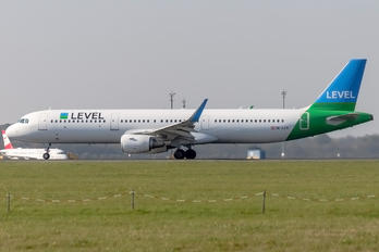 OE-LCR - LEVEL Airbus A321