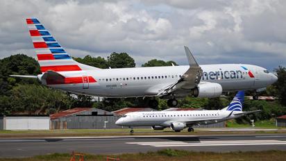N904NN - American Airlines Boeing 737-800