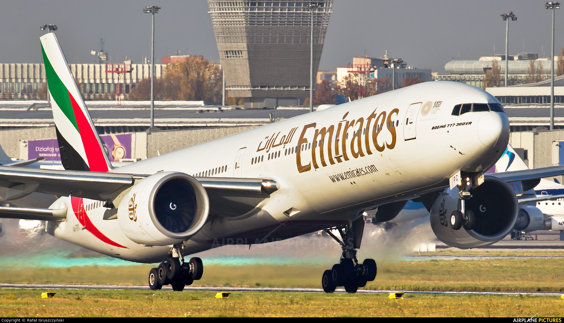 Emirates Airlines A6-EPC aircraft at Warsaw - Frederic Chopin
